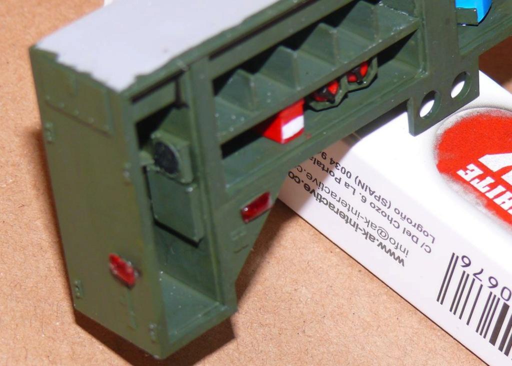 HEMTT M1142 Tactical Fire Fighting Truck TFFT de Trumpeter au 1/35 - Page 2 Hemtt649