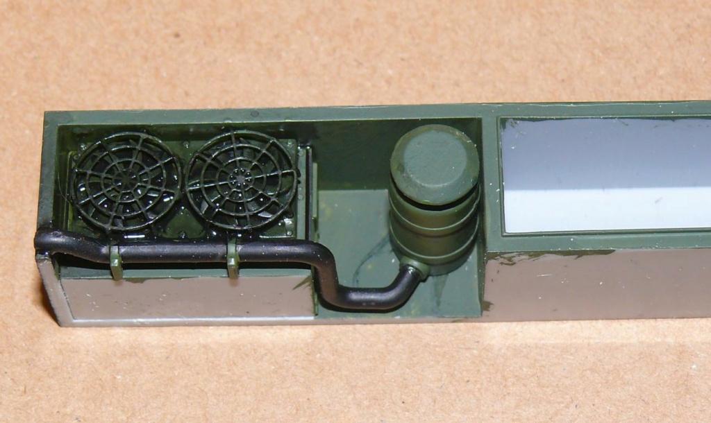 HEMTT M1142 Tactical Fire Fighting Truck TFFT de Trumpeter au 1/35 - Page 2 Hemtt655