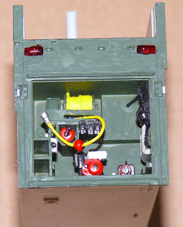HEMTT M1142 Tactical Fire Fighting Truck TFFT de Trumpeter au 1/35 - Page 2 Hemtt658