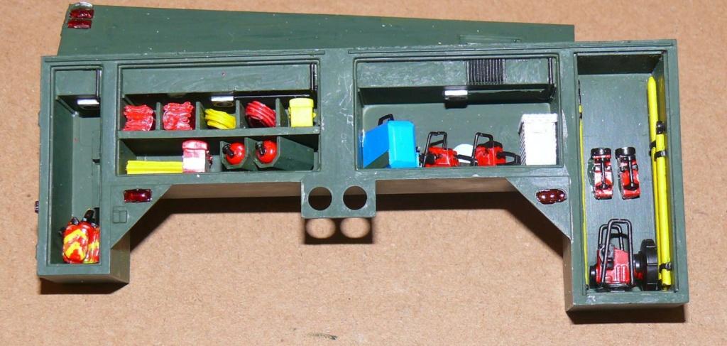 HEMTT M1142 Tactical Fire Fighting Truck TFFT de Trumpeter au 1/35 - Page 2 Hemtt662