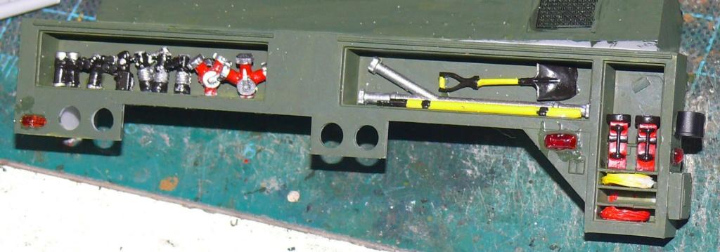 HEMTT M1142 Tactical Fire Fighting Truck TFFT de Trumpeter au 1/35 - Page 2 Hemtt668