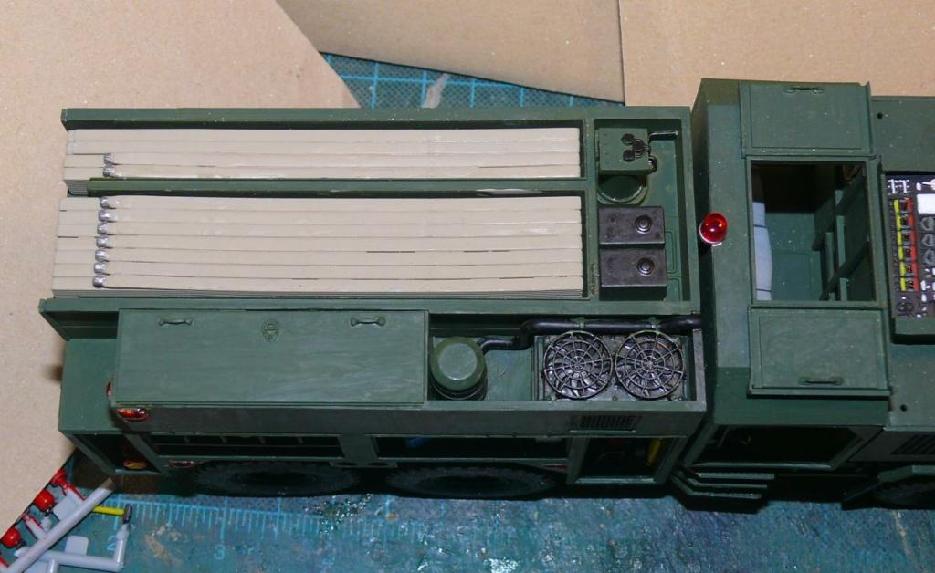HEMTT M1142 Tactical Fire Fighting Truck TFFT de Trumpeter au 1/35 - Page 2 Hemtt680