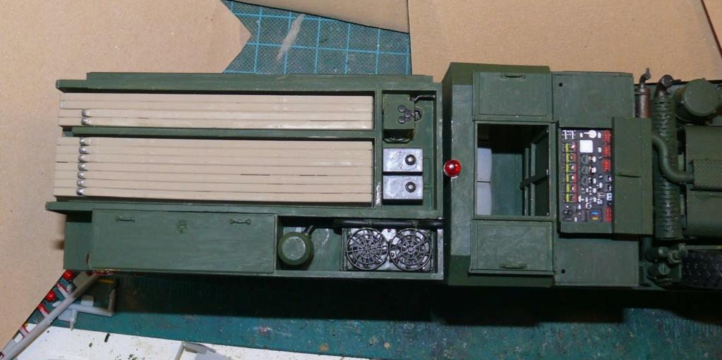 HEMTT M1142 Tactical Fire Fighting Truck TFFT de Trumpeter au 1/35 - Page 2 Hemtt681