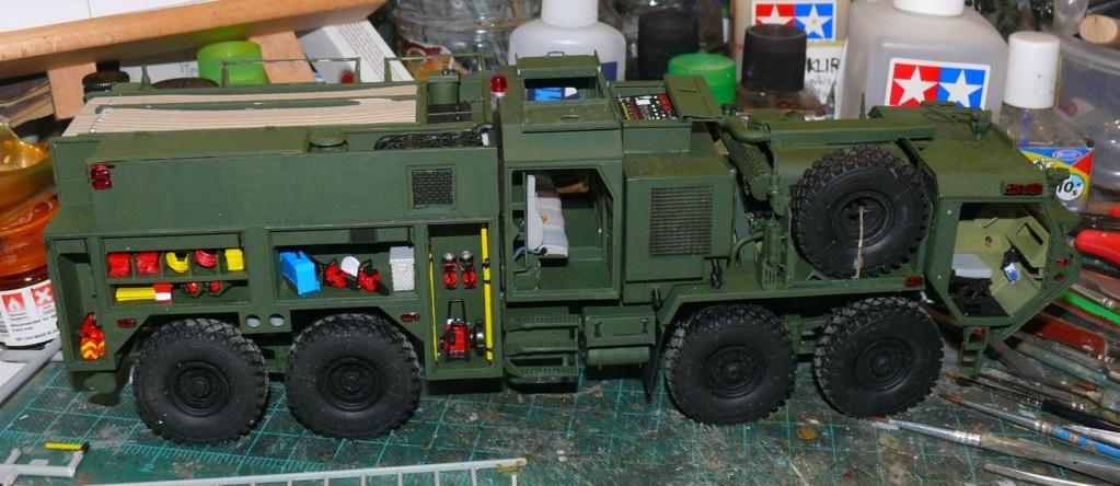 HEMTT M1142 Tactical Fire Fighting Truck TFFT de Trumpeter au 1/35 - Page 2 Hemtt692