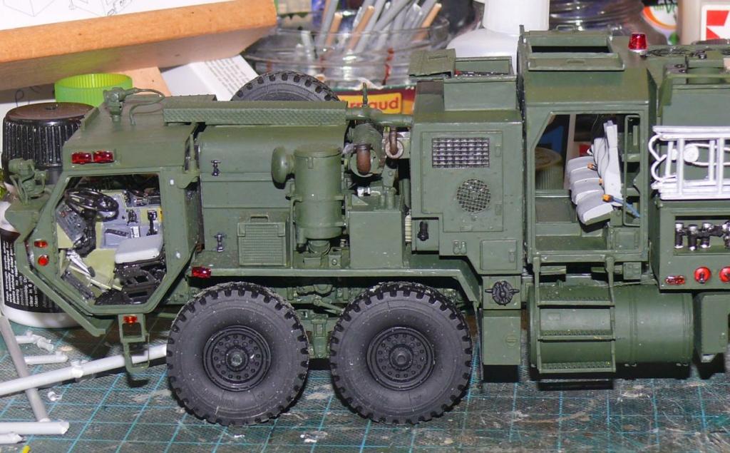 HEMTT M1142 Tactical Fire Fighting Truck TFFT de Trumpeter au 1/35 - Page 2 Hemtt697