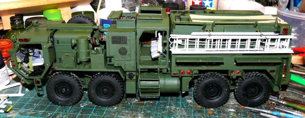 HEMTT M1142 Tactical Fire Fighting Truck TFFT de Trumpeter au 1/35 - Page 2 Hemtt700