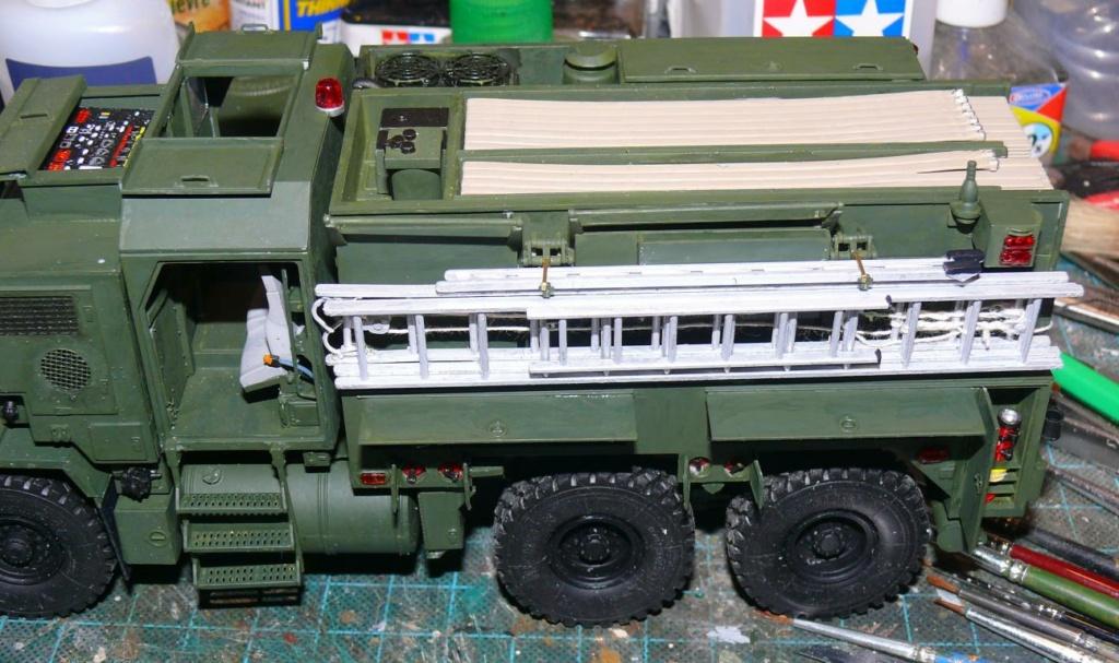 HEMTT M1142 Tactical Fire Fighting Truck TFFT de Trumpeter au 1/35 - Page 2 Hemtt704