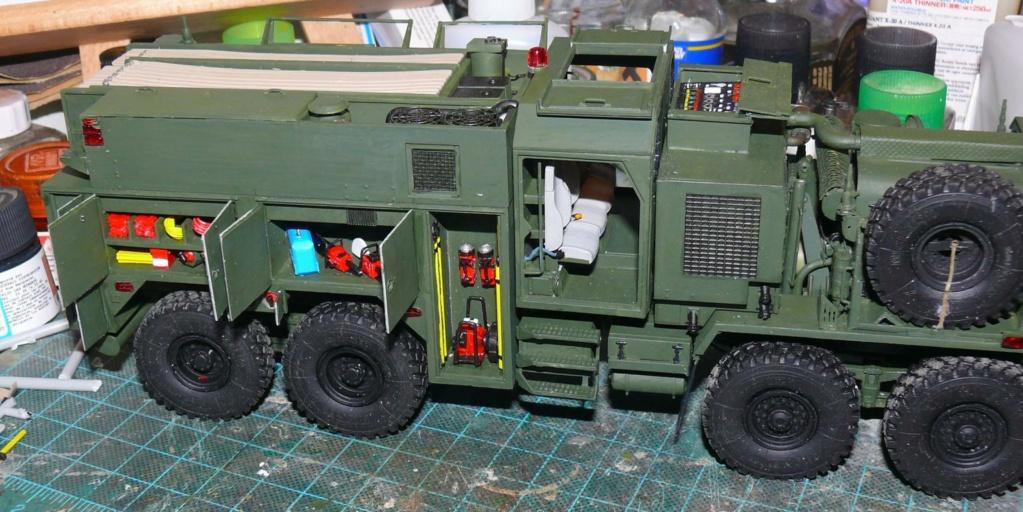 HEMTT M1142 Tactical Fire Fighting Truck TFFT de Trumpeter au 1/35 - Page 2 Hemtt705