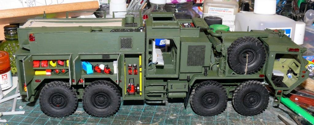 HEMTT M1142 Tactical Fire Fighting Truck TFFT de Trumpeter au 1/35 - Page 2 Hemtt706