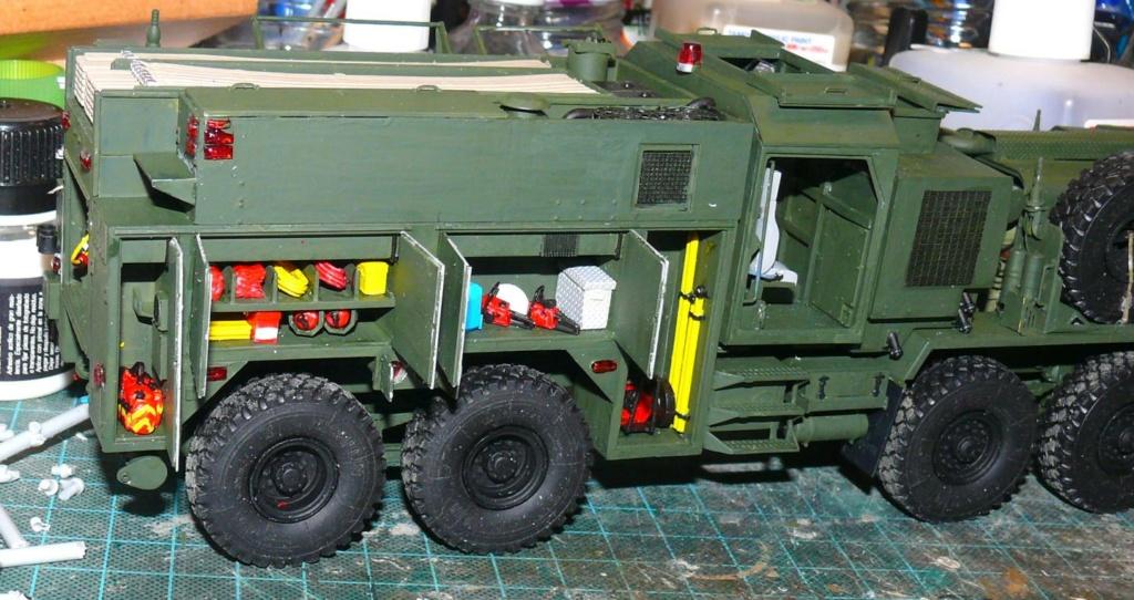 HEMTT M1142 Tactical Fire Fighting Truck TFFT de Trumpeter au 1/35 - Page 2 Hemtt707