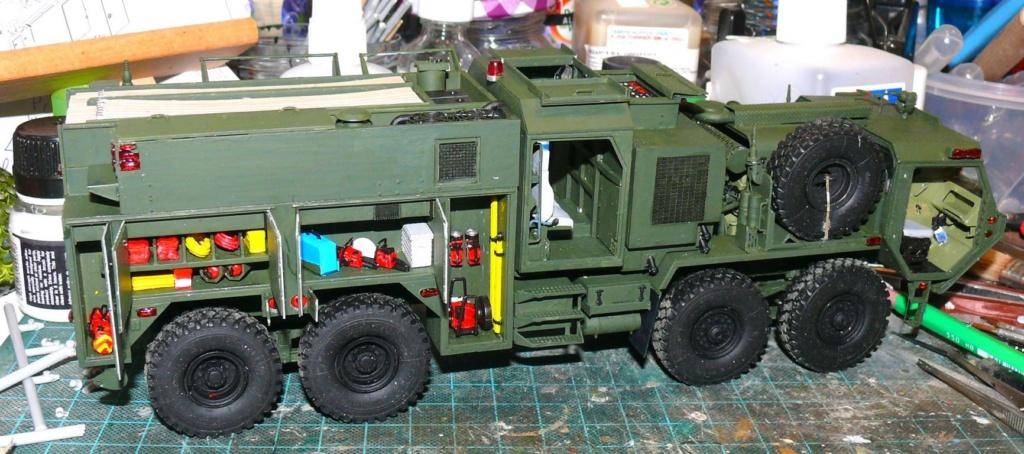 HEMTT M1142 Tactical Fire Fighting Truck TFFT de Trumpeter au 1/35 - Page 2 Hemtt708