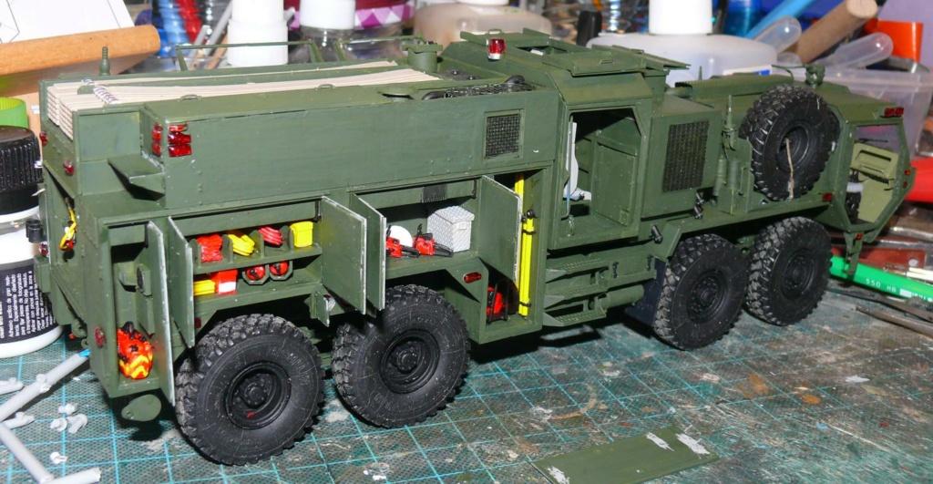 HEMTT M1142 Tactical Fire Fighting Truck TFFT de Trumpeter au 1/35 - Page 2 Hemtt710