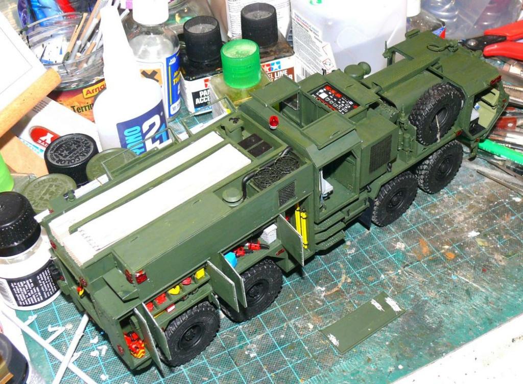 HEMTT M1142 Tactical Fire Fighting Truck TFFT de Trumpeter au 1/35 - Page 2 Hemtt714
