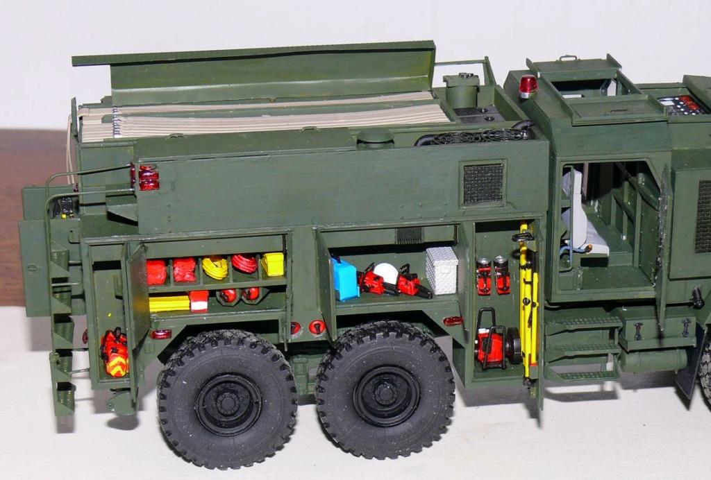 HEMTT M1142 Tactical Fire Fighting Truck TFFT de Trumpeter au 1/35 - Page 3 Hemtt747