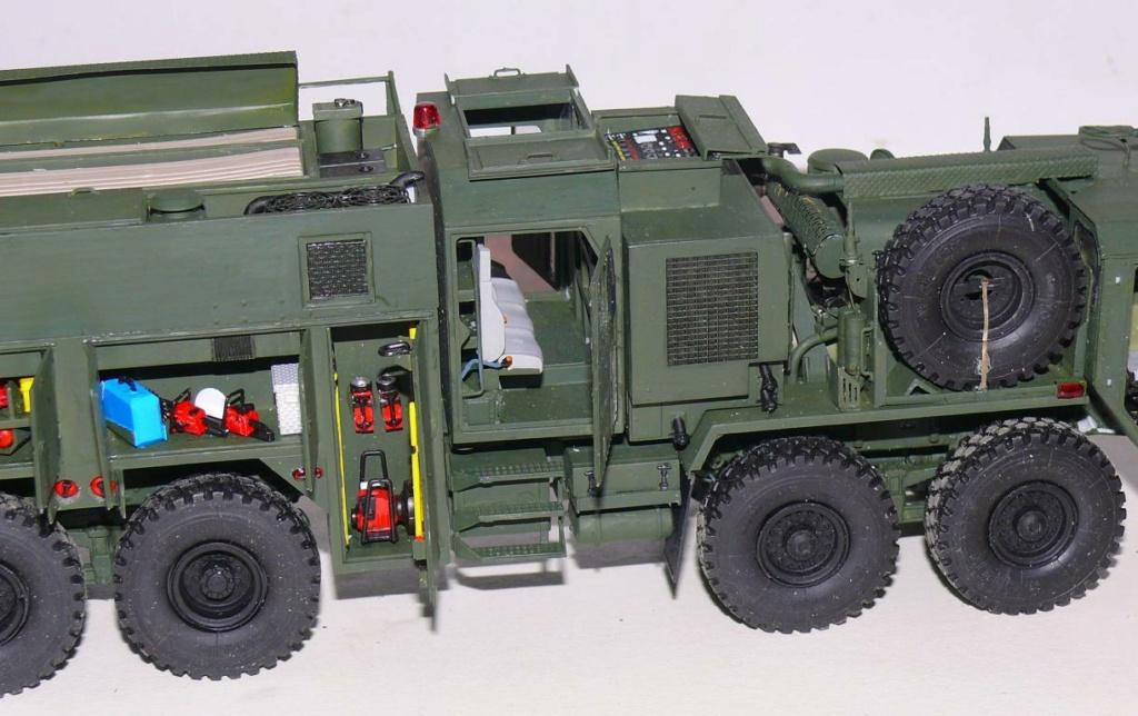 HEMTT M1142 Tactical Fire Fighting Truck TFFT de Trumpeter au 1/35 - Page 3 Hemtt749