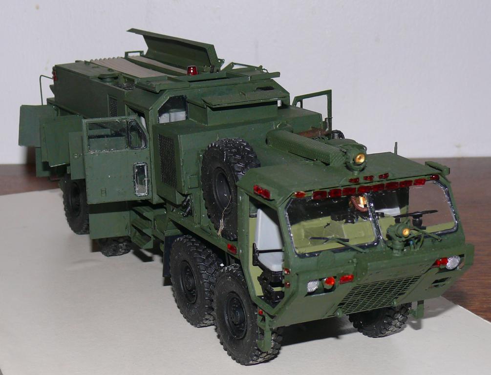 HEMTT M1142 Tactical Fire Fighting Truck TFFT de Trumpeter au 1/35 - Page 3 Hemtt751