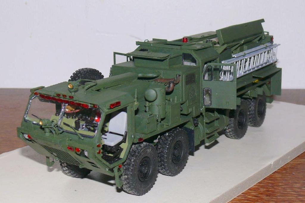 HEMTT M1142 Tactical Fire Fighting Truck TFFT de Trumpeter au 1/35 - Page 3 Hemtt752