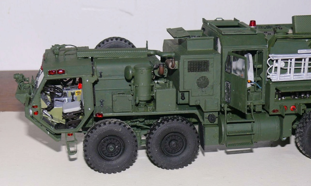 HEMTT M1142 Tactical Fire Fighting Truck TFFT de Trumpeter au 1/35 - Page 3 Hemtt753
