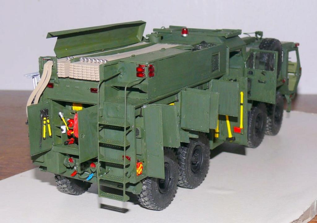 HEMTT M1142 Tactical Fire Fighting Truck TFFT de Trumpeter au 1/35 - Page 3 Hemtt758