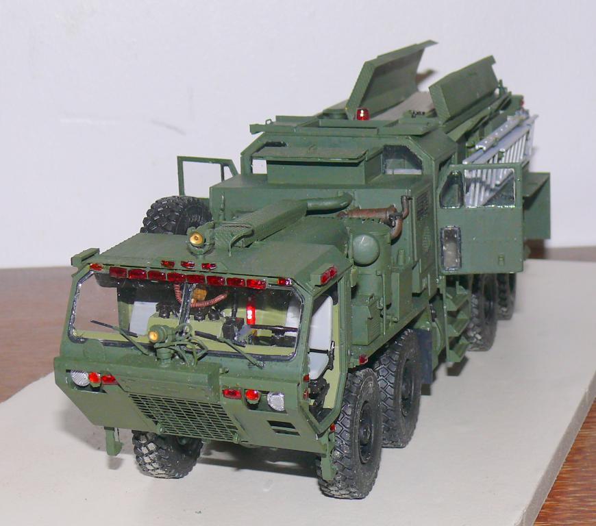HEMTT M1142 Tactical Fire Fighting Truck TFFT de Trumpeter au 1/35 - Page 3 Hemtt772