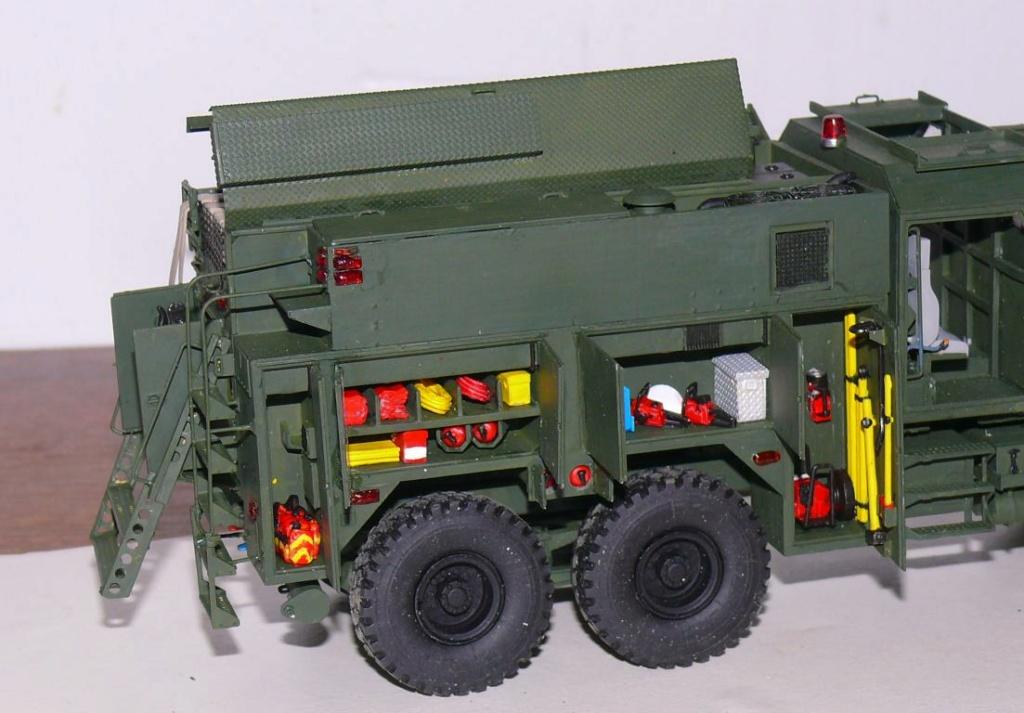 HEMTT M1142 Tactical Fire Fighting Truck TFFT de Trumpeter au 1/35 - Page 3 Hemtt776