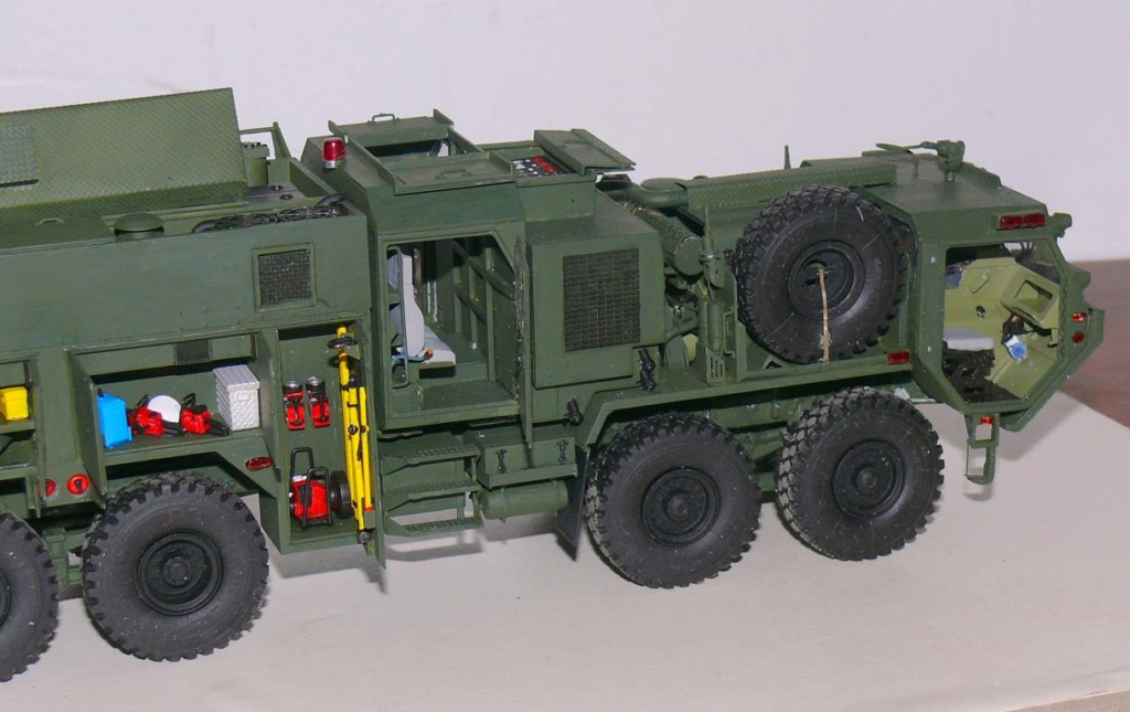 HEMTT M1142 Tactical Fire Fighting Truck TFFT de Trumpeter au 1/35 - Page 3 Hemtt777