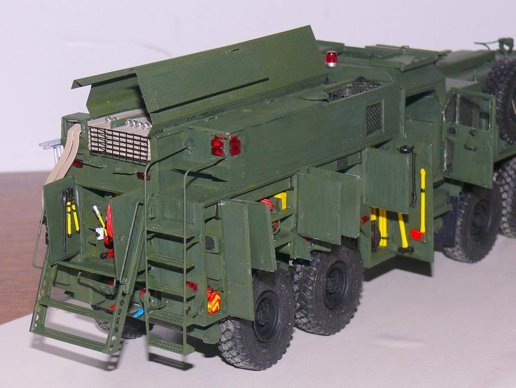 HEMTT M1142 Tactical Fire Fighting Truck TFFT de Trumpeter au 1/35 - Page 3 Hemtt778