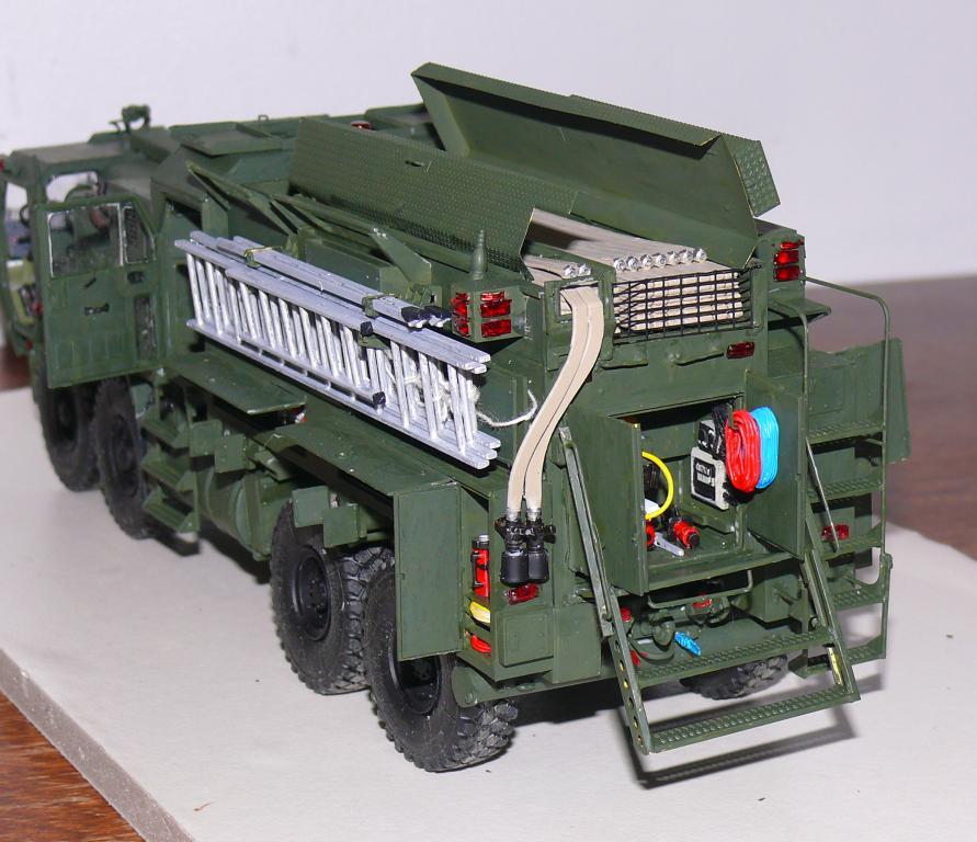 HEMTT M1142 Tactical Fire Fighting Truck TFFT de Trumpeter au 1/35 - Page 3 Hemtt779