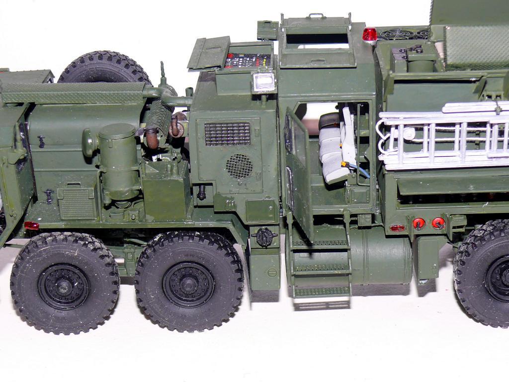 HEMTT M1142 Tactical Fire Fighting Truck TFFT de Trumpeter au 1/35 - Page 3 Hemtt786