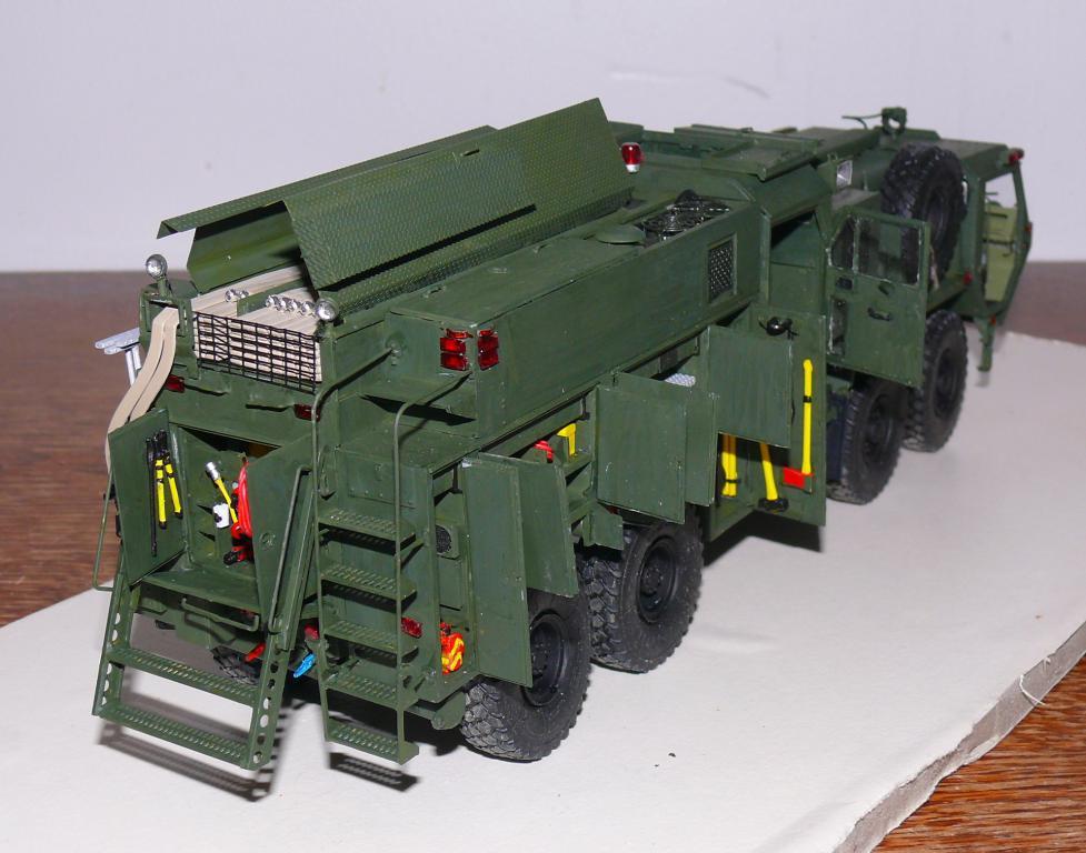 HEMTT M1142 Tactical Fire Fighting Truck TFFT de Trumpeter au 1/35 - Page 3 Hemtt792