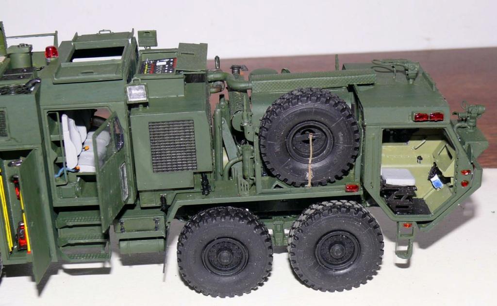 HEMTT M1142 Tactical Fire Fighting Truck TFFT de Trumpeter au 1/35 - Page 3 Hemtt797