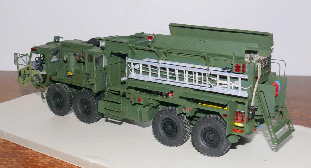 HEMTT M1142 Tactical Fire Fighting Truck TFFT de Trumpeter au 1/35 - Page 3 Hemtt802
