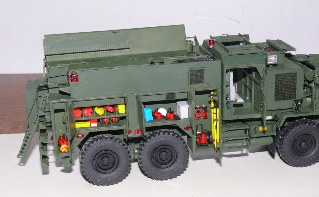 HEMTT M1142 Tactical Fire Fighting Truck TFFT de Trumpeter au 1/35 - Page 3 Hemtt813