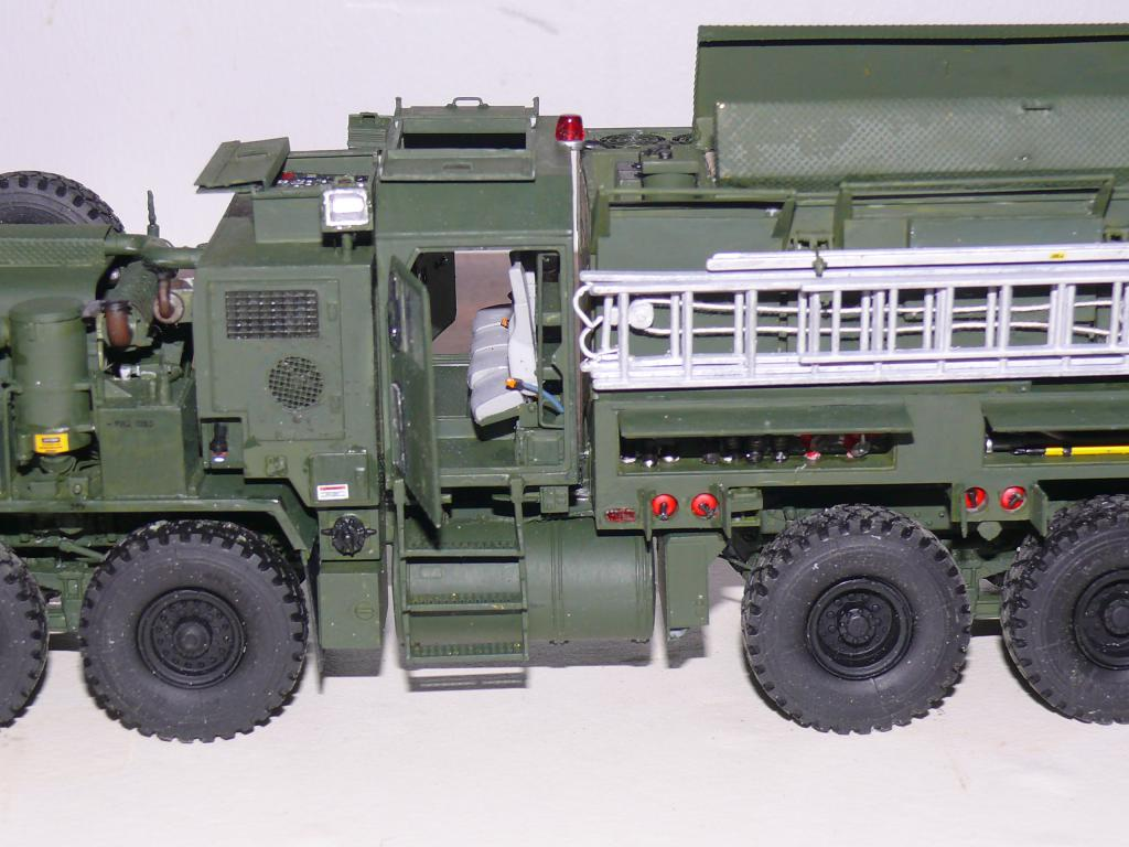HEMTT M1142 Tactical Fire Fighting Truck TFFT de Trumpeter au 1/35 - Page 3 Hemtt814