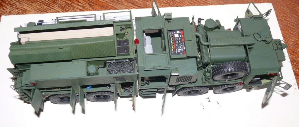 HEMTT M1142 Tactical Fire Fighting Truck TFFT de Trumpeter au 1/35 - Page 3 Hemtt818