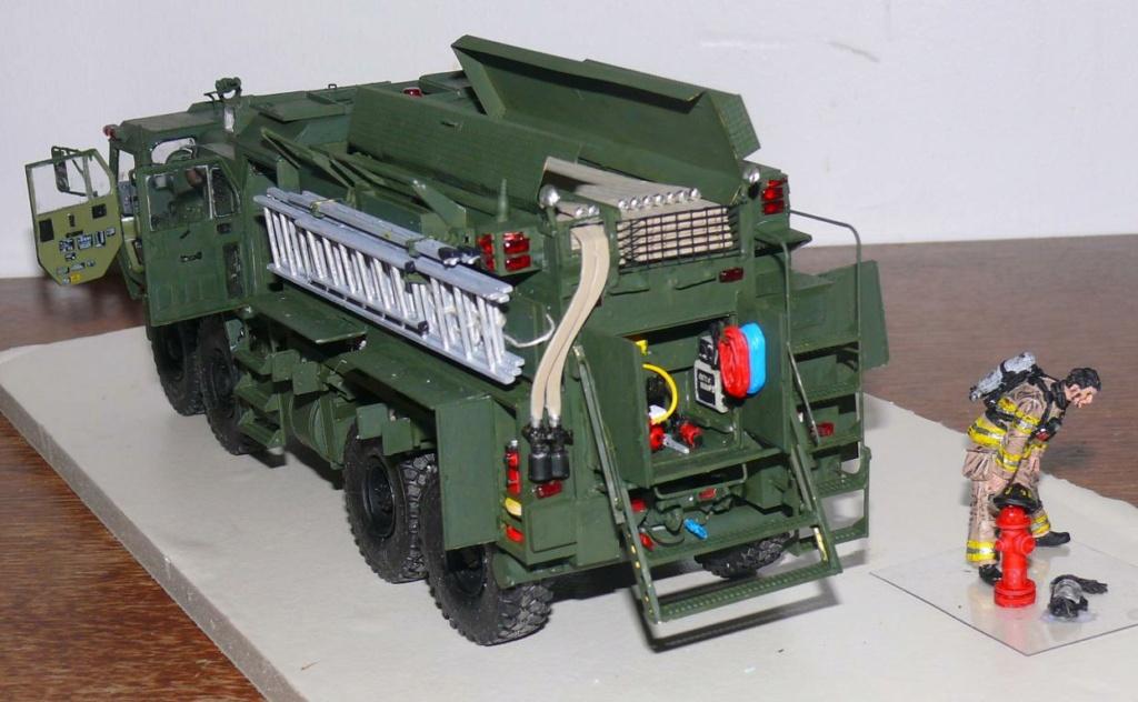 HEMTT M1142 Tactical Fire Fighting Truck TFFT de Trumpeter au 1/35 - Page 3 Hemtt828