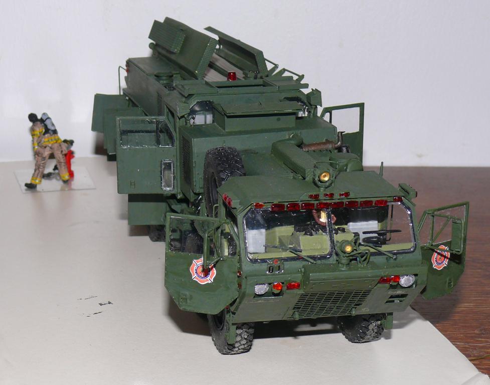 HEMTT M1142 Tactical Fire Fighting Truck TFFT de Trumpeter au 1/35 - Page 3 Hemtt836