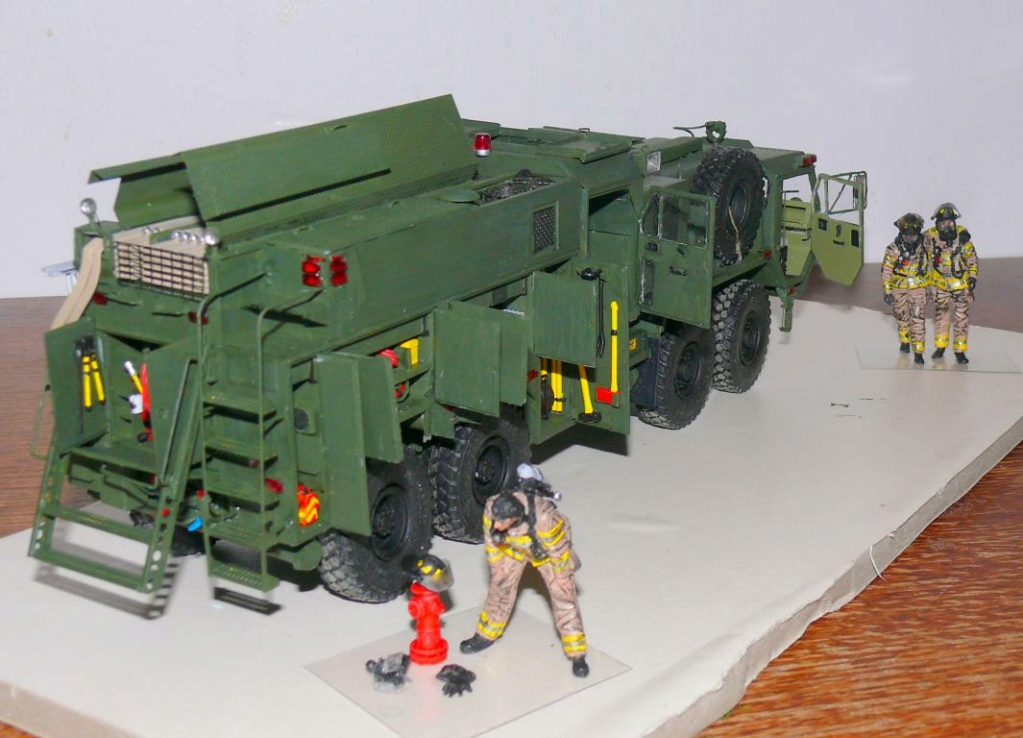 HEMTT M1142 Tactical Fire Fighting Truck TFFT de Trumpeter au 1/35 - Page 3 Hemtt847