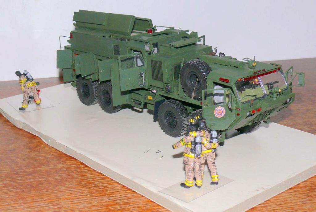 HEMTT M1142 Tactical Fire Fighting Truck TFFT de Trumpeter au 1/35 - Page 3 Hemtt852