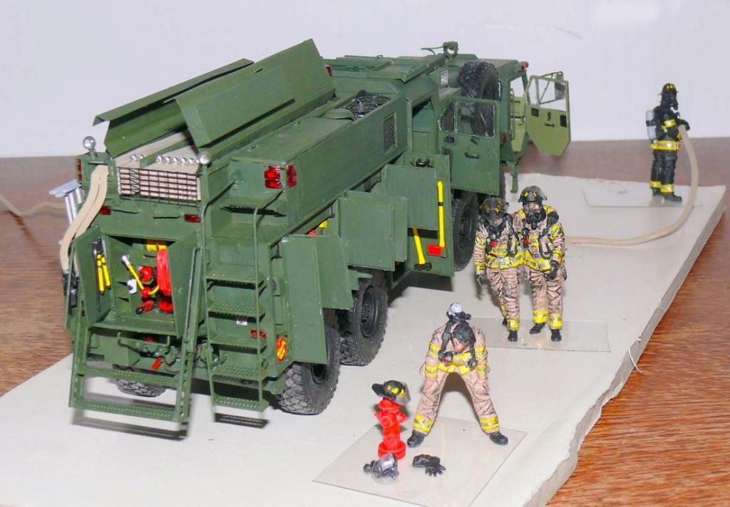HEMTT M1142 Tactical Fire Fighting Truck TFFT de Trumpeter au 1/35 - Page 4 Hemtt868