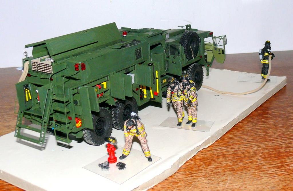 HEMTT M1142 Tactical Fire Fighting Truck TFFT de Trumpeter au 1/35 - Page 4 Hemtt870