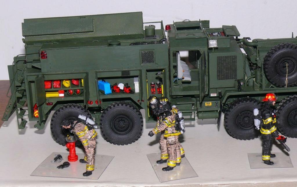 HEMTT M1142 Tactical Fire Fighting Truck TFFT de Trumpeter au 1/35 - Page 4 Hemtt879