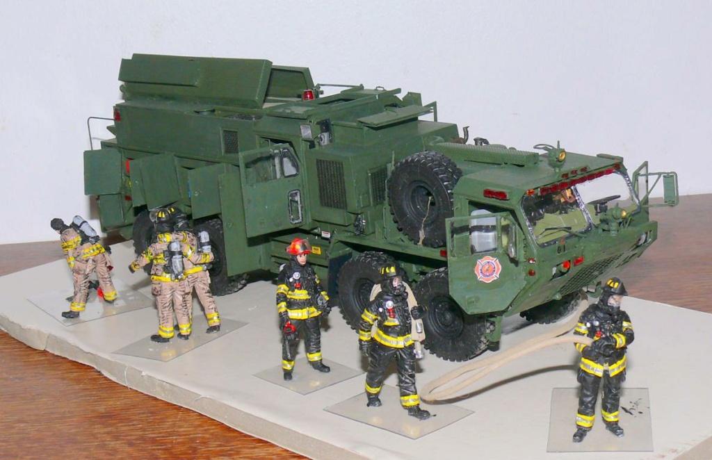 HEMTT M1142 Tactical Fire Fighting Truck TFFT de Trumpeter au 1/35 - Page 4 Hemtt891