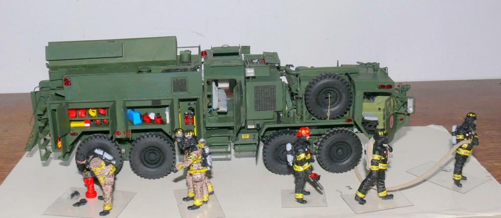 HEMTT M1142 Tactical Fire Fighting Truck TFFT de Trumpeter au 1/35 - Page 4 Hemtt897