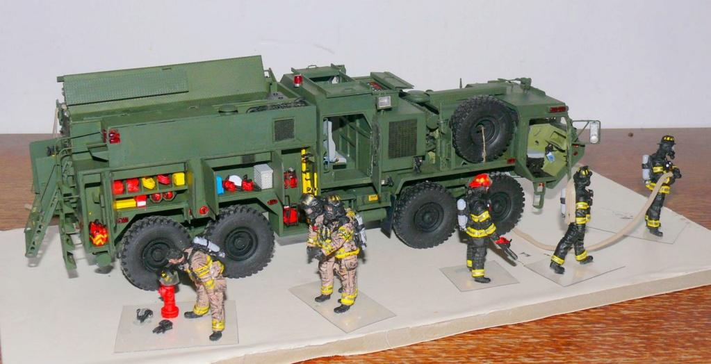 HEMTT M1142 Tactical Fire Fighting Truck TFFT de Trumpeter au 1/35 - Page 4 Hemtt898