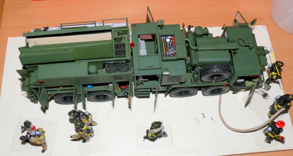 HEMTT M1142 Tactical Fire Fighting Truck TFFT de Trumpeter au 1/35 - Page 4 Hemtt922