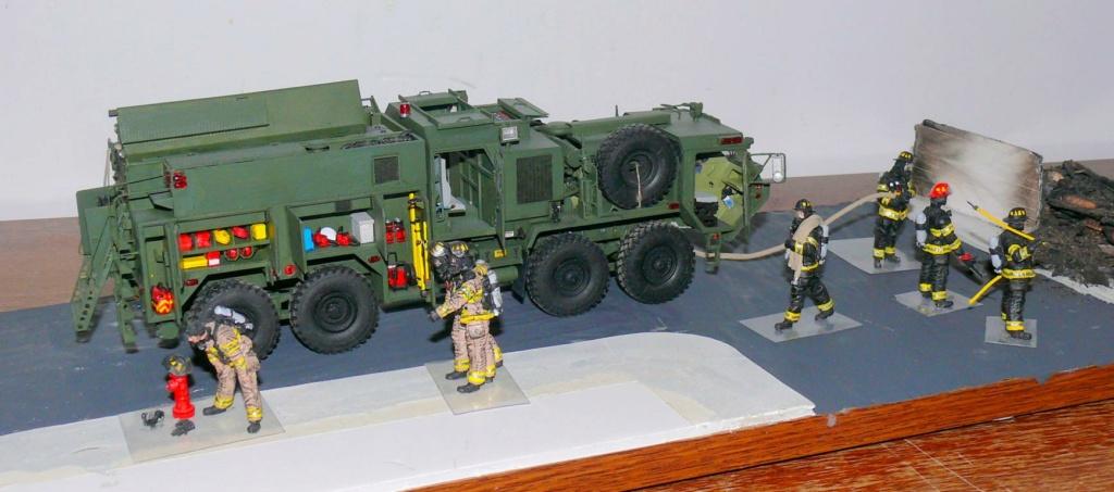 HEMTT M1142 Tactical Fire Fighting Truck TFFT de Trumpeter au 1/35 - Page 5 Hemtt927