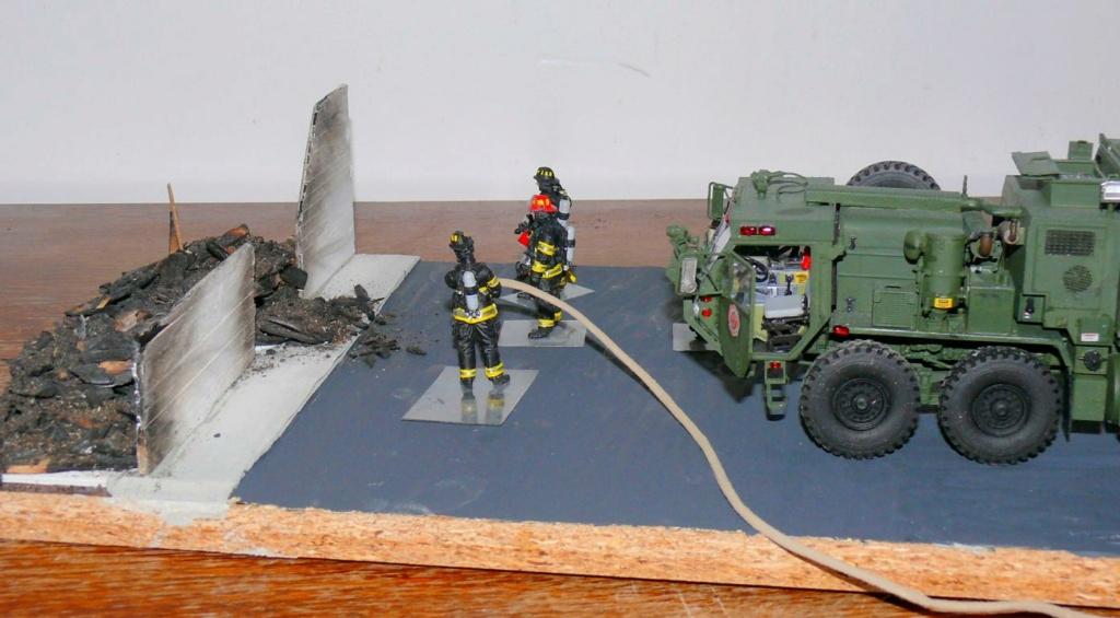 HEMTT M1142 Tactical Fire Fighting Truck TFFT de Trumpeter au 1/35 - Page 5 Hemtt934