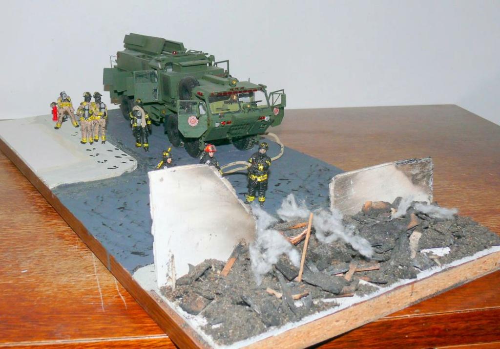 HEMTT M1142 Tactical Fire Fighting Truck TFFT de Trumpeter au 1/35 - Page 5 Hemtt950