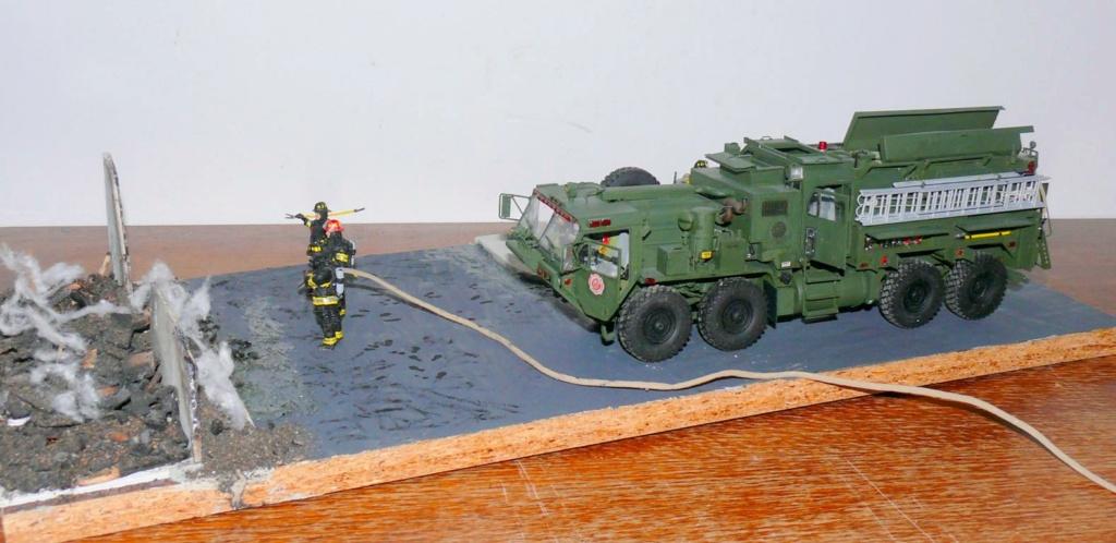 HEMTT M1142 Tactical Fire Fighting Truck TFFT de Trumpeter au 1/35 - Page 5 Hemtt953